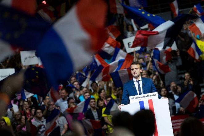 Macron chce byť zeleným prezidentom. Amerických klimatológov pozýva do Francúzska