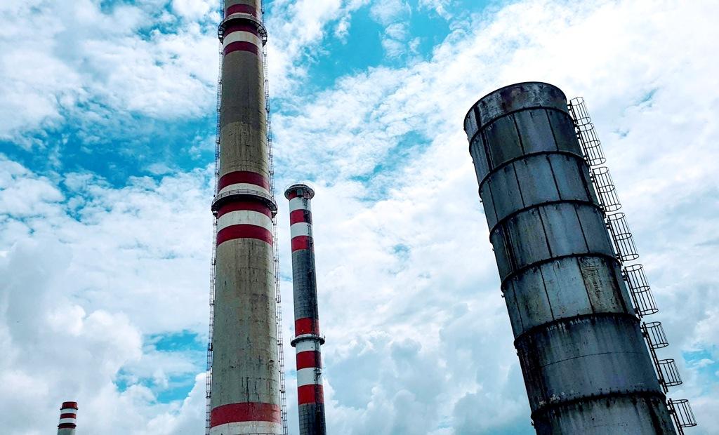 Emisné povolenky zdraželi na historické maximum. Ceny však zrejme porastú ďalej