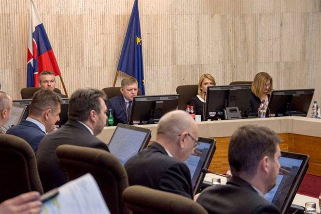 Vláda schválila novelu zákona o energetike. Má priniesť viacero zmien