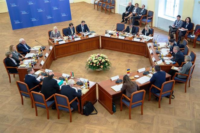 Ministri životného prostredia v Bratislave rokovali o obnoviteľnej energií