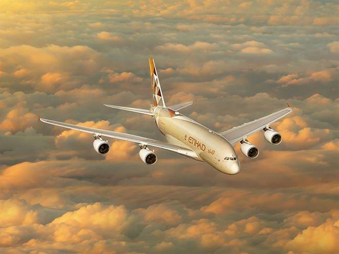 Lietadlo poháňané palivom vyrobeným z morských rias podniklo prvý komerčný let