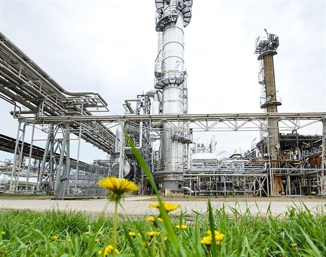 Slovnaft bude vyrábať kvapalné hnojivá pre poľnohospodárstvo