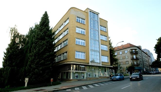 Budova SSE-D na Švantnerovej ulici v Banskej Bystrici   Foto: SSE