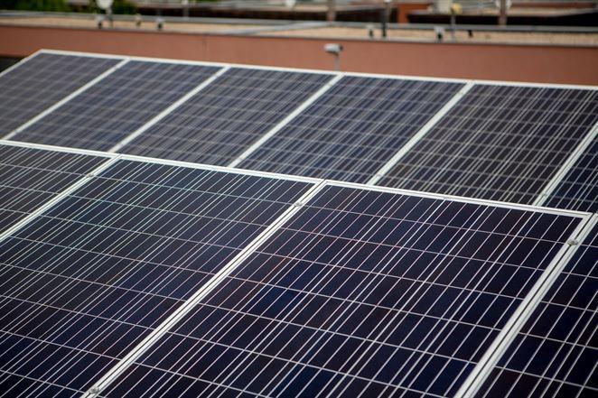 ČEZ inštaloval vlani 537 fotovoltických elektrární a 358 tepelných čerpadiel v domácnostiach