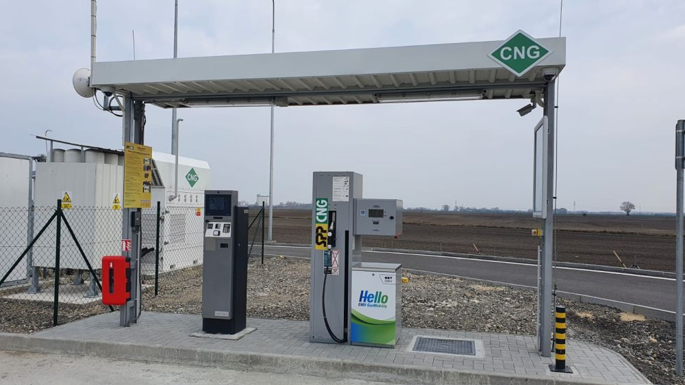 Na rýchlostnej ceste R7 pribudli motoristom dve nové plniace stanice CNG