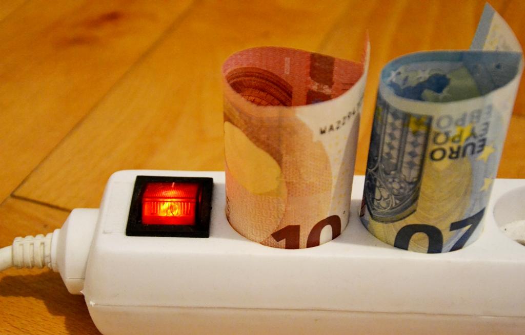 Podpora zelenej  energie má v roku 2021 stáť 387 miliónov eur. Podľa ÚRSO to môže byť aj menej