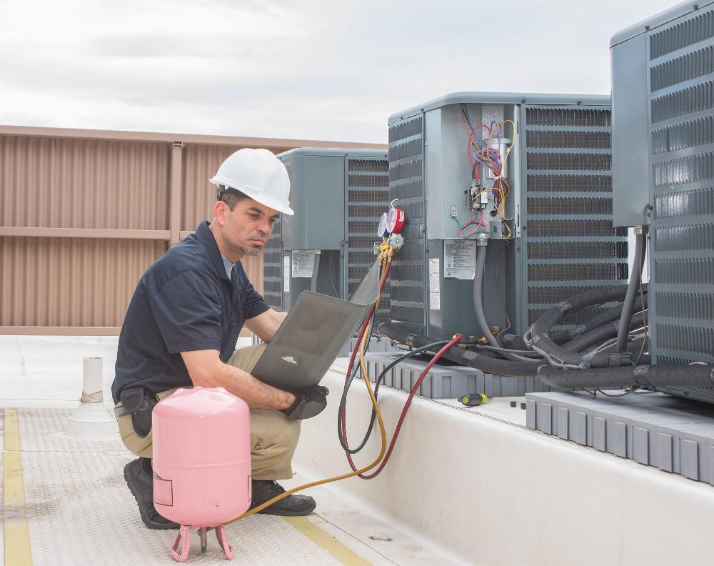 Najnovšie chladivo R-32 zvyšuje účinnosť chladičov a tepelných čerpadiel