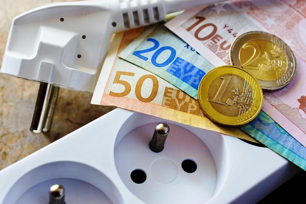 ÚRSO tlačí na ZSE Energia, SSE a VSE, aby nasledovali SPP. A zvažuje vznik nového fondu