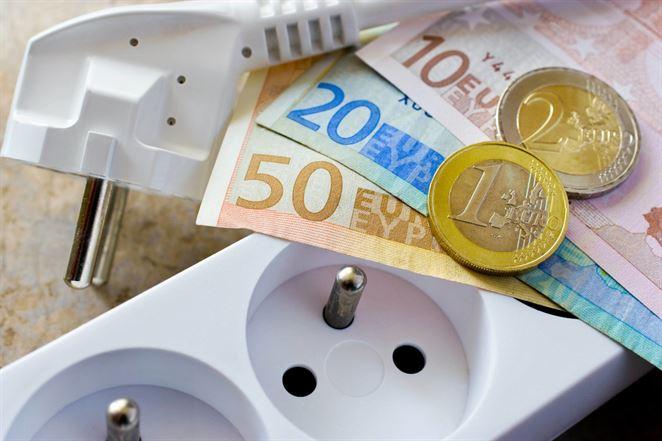 Slováci platia za elektrinu sedemnásobne viac ako Nóri v prepočte na HDP