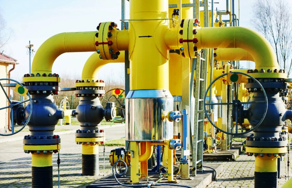 Výdavky štátov EÚ na dovoz plynu klesli o 61%, hlási Komisia. Sú za tým dva dôvody