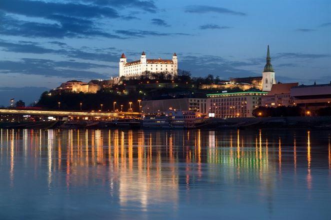 Aký je potenciál úspor energií vo verejnom osvetlení vBratislave?