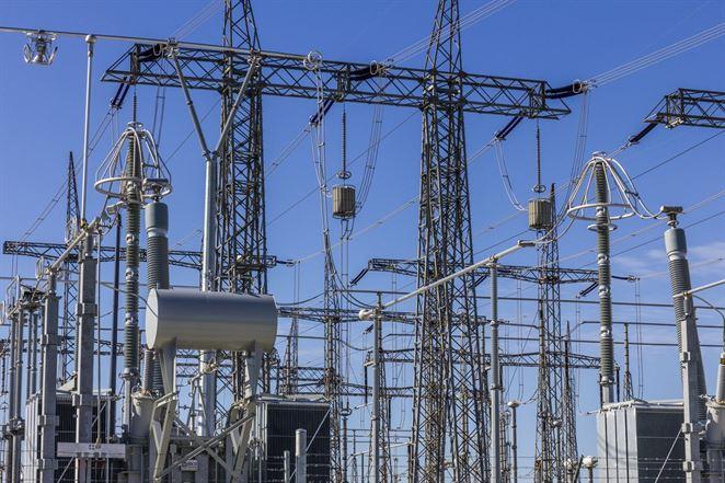 Ústavný súd rozlúskol posledný oriešok sporu medzi výrobcami elektriny a distribučkami