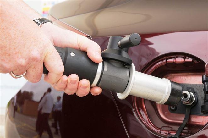 Toto je dôvod, prečo vodíkový pohon môže vytlačiť elektrické batérie. Ale zatiaľ sa neoplatí