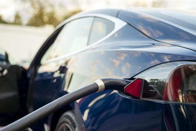 Automobilky: Návrh EK na zníženie emisií je náročný, až nerealistický