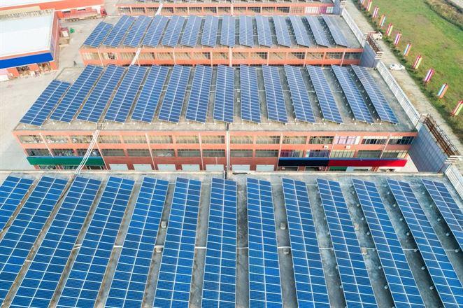 Strešná fotovoltika je ekonomicky najudržateľnejšou medzi rozvíjajúcimi sa technológiami