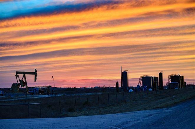 Americkí geológovia potvrdili najväčšie ložisko ropy a plynu v histórii