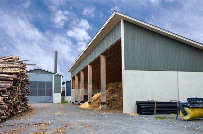 Obmedzenia využívania biomasy môžu zvýšiť ceny tepla, tvrdia teplári