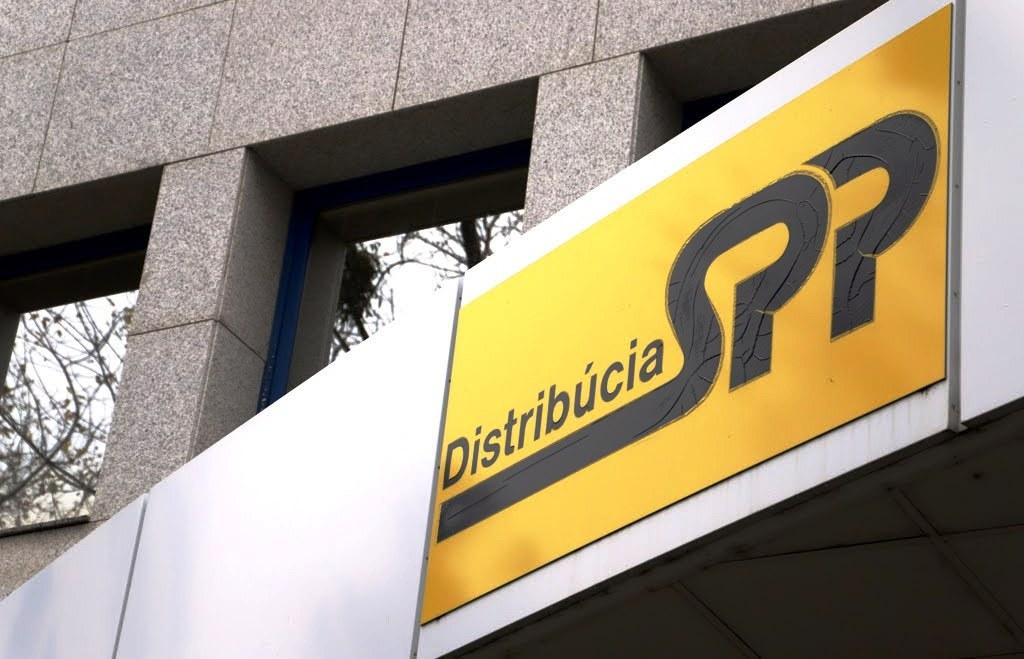 Distribúcia plynu pre veľkých odberateľov zlacnie, rozhodol ÚRSO