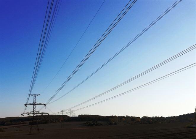 Spotreba elektriny v Česku sa vracia do normálu