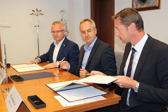 Prešovský kraj a VSD podpísali memorandum, spolupracovať chcú aj v elektromobilite