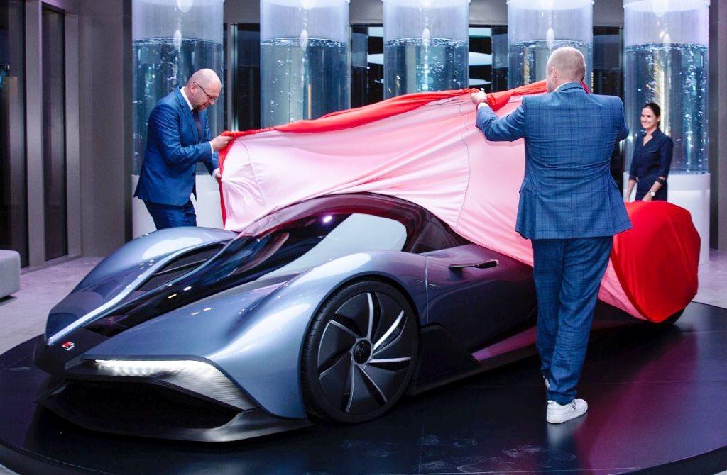 Prvé slovenské auto na vodíkový pohon má za sebou svetovú premiéru (FOTO)