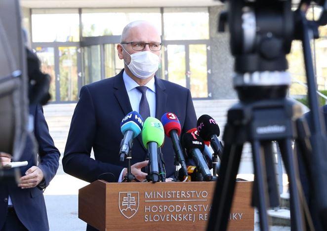 Firma napriek opatreniu súdu neobnovila dodávky energií, Sulík podal trestné oznámenie