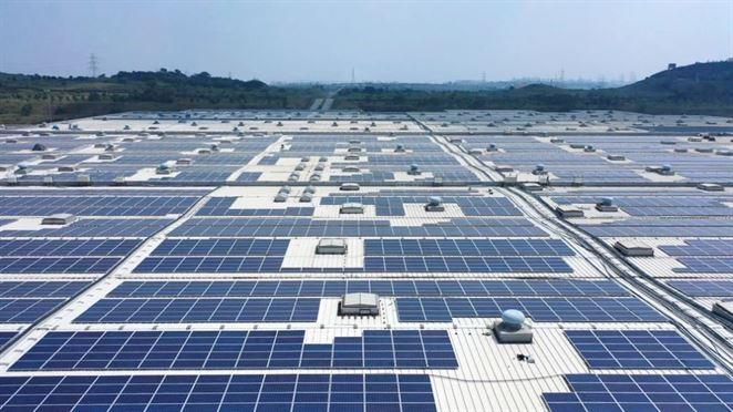 Škoda Auto spustila jednu z najväčších solárnych elektrární na streche v Indii