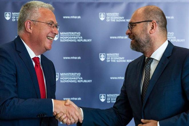 Štát nevyužije predkupné právo na VSE, zinkasuje za to 35 miliónov eur
