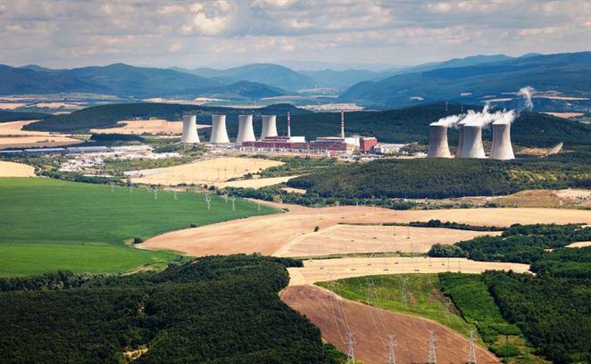 ÚJD si opäť posvietil na Mochovce. Štvrtý blok elektrárne spustia o rok neskôr ako tretí