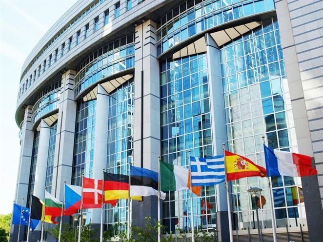 EÚ sa nedohodla na uhlíkovej neutralite do roku 2050
