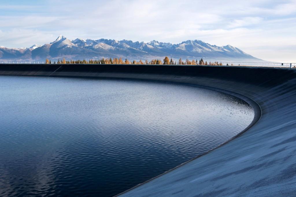Skladovanie energie umožňujú aj prečerpávacie vodné elektrárne. Viete ako fungujú?