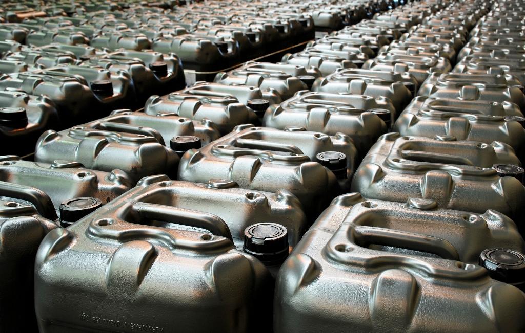 NKÚ: Správa núdzových zásob ropy je nastavená zle, výsledkom sú drahšie pohonné hmoty