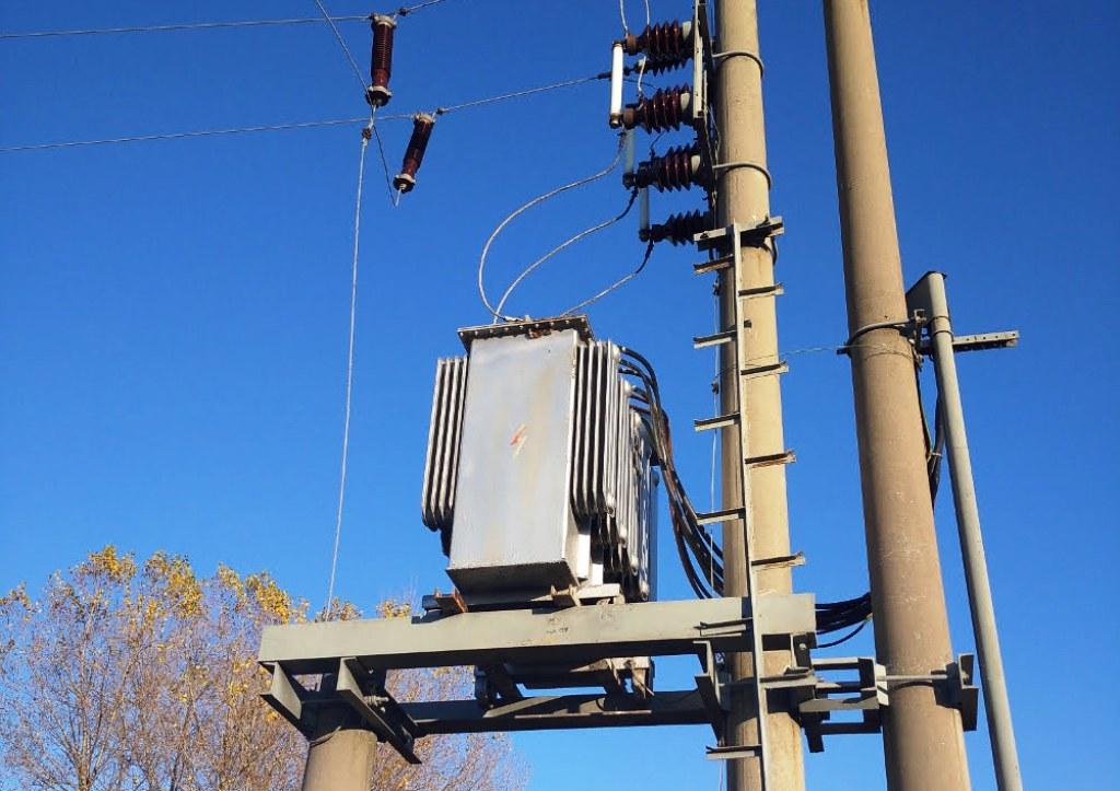 Sieťové poplatky pri spotrebe elektriny nemotivujú odberateľov k aktivite