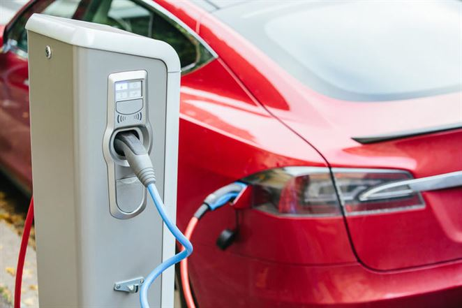 Peter Ševce: Záujem o elektromobily porastie, táto cesta je nezvratná aj na Slovensku