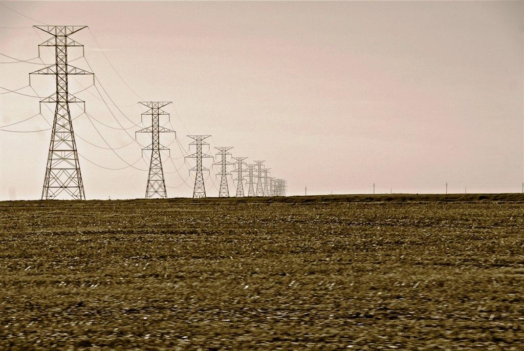 Cena elektriny na dennom trhu OKTE v lete 2021 vzrástla