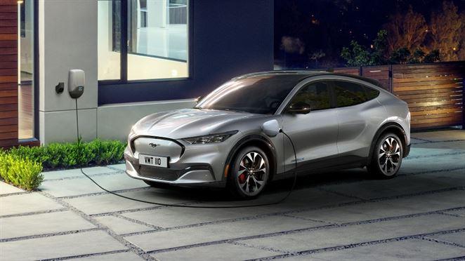 Ford predstavil plne elektrické SUV Mustang. Na jedno nabitie prejde 600 km