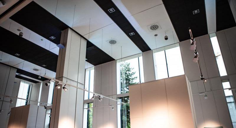 Galéria SPP pripomína udalosti holokaustu výstavou diel dvoch významných umelcov