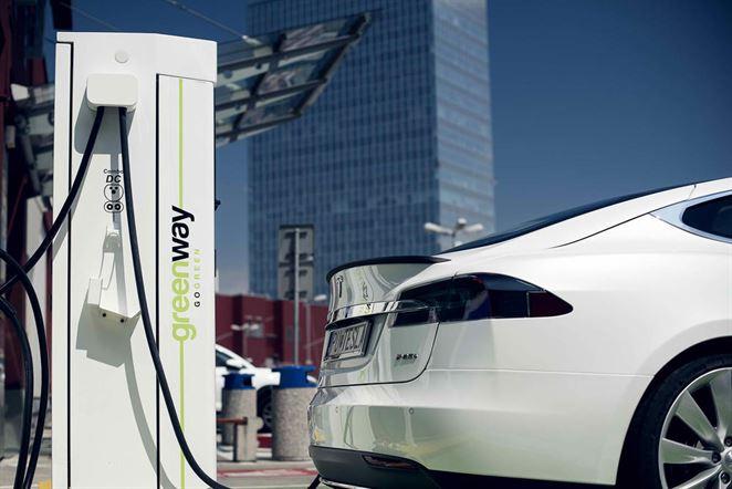 Podpora elektromobility na Slovensku ide opačným smerom, tvrdí SEVA