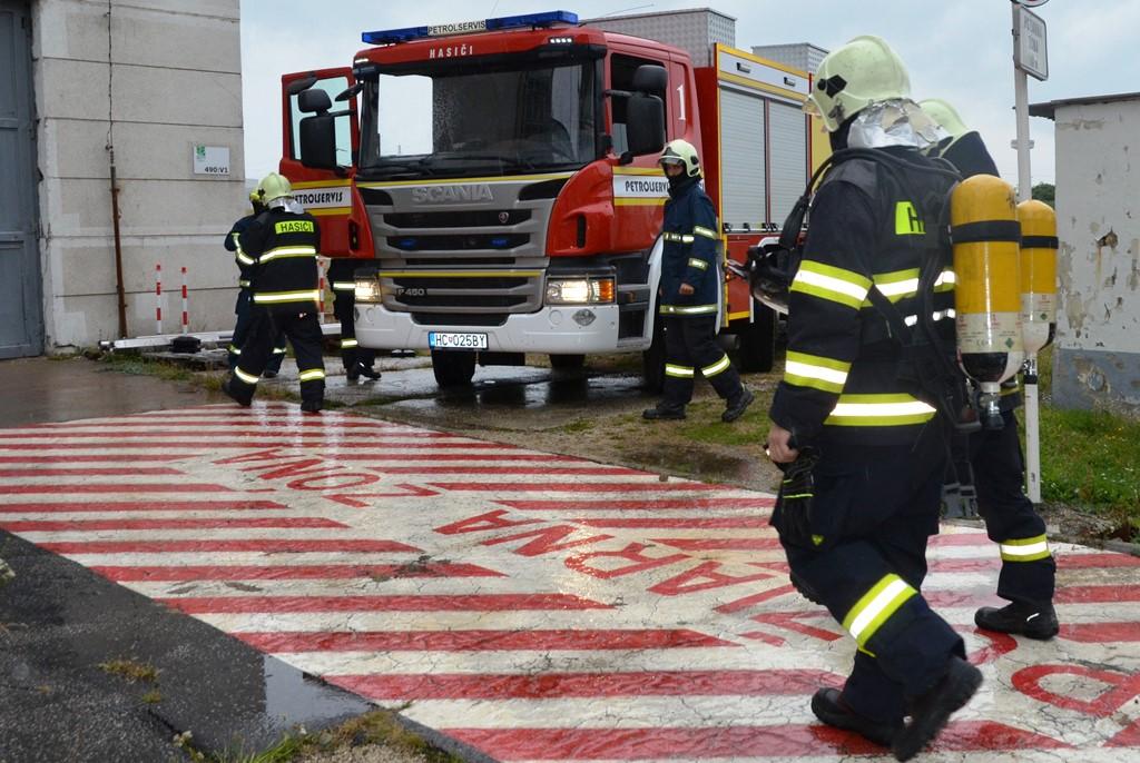 V Jaslovských Bohuniciach simulovali zásah blesku do rozvodnej siete