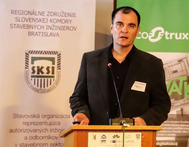 Rozvodná sieť osvetlenia v Trnave je na elektromobilitu kapacitne pripravená