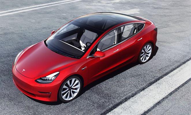 Tesla, dodávky