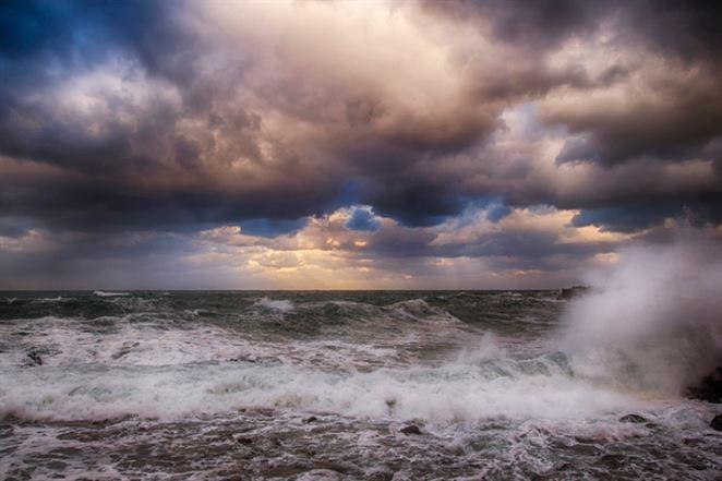 Ropní giganti čelia v USA žalobe kvôli rastúcim hladinám oceánu