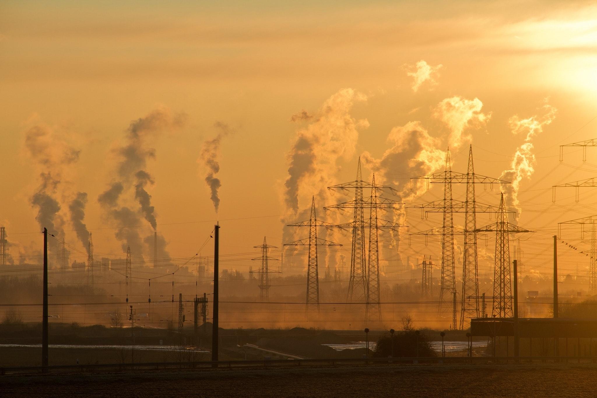 S pandémiou klesli emisie, no zvýšila sa teplota atmosféry, tvrdí štúdia