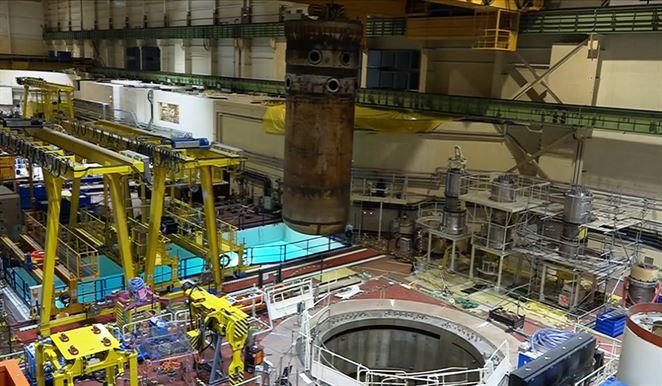 Z Jaslovských Bohuníc prepravili 200-tonovú tlakovú nádobu reaktora. Pozrite si video