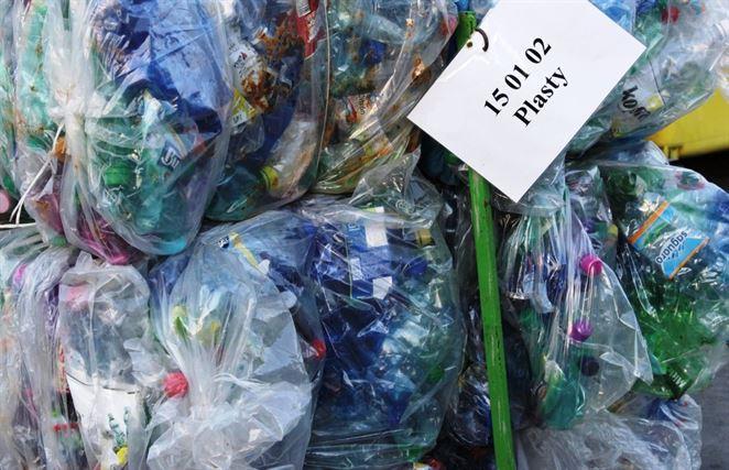 Firma na južnom Slovensku chce vyrábať energetické pelety z plastového odpadu