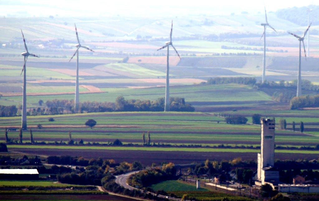Dáni podporia OZE novou schémou. Ak bude elektrina drahá, výrobcovia budú platiť štátu