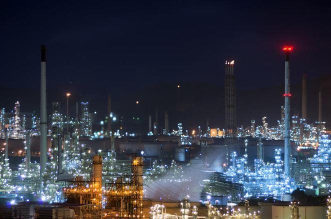 Európski spracovatelia ropy sa sťažujú na prísne environmentálne regulácie