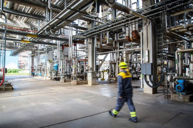 Skupina MOL podáva verejnú ponuku na výkup akcií Slovnaftu