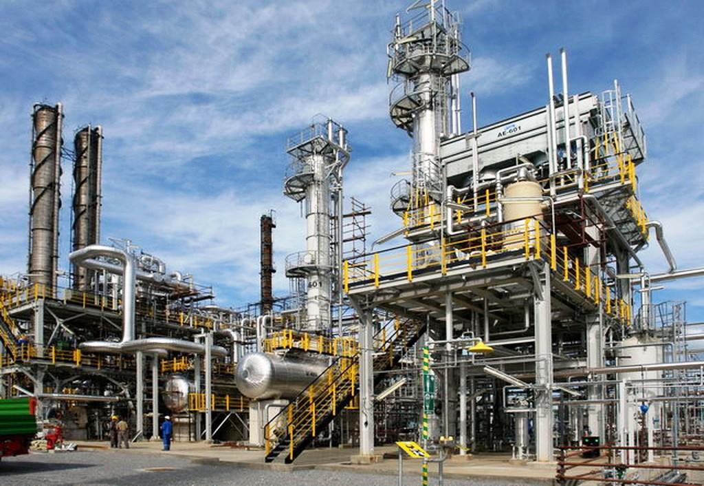 Matka Slovnaftu mení stratégiu, zameria sa na vodík, pokročilé biopalivá a odpad