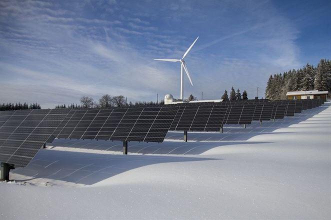 Oplatí sa výroba obnoviteľnej elektriny aj bez dotácií? Dodávky zelenej elektriny sa zazmluvňujú čoraz častejšie
